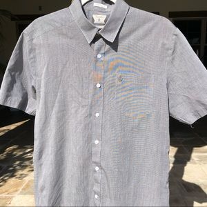 VOLCOM  COUPE CLASSIC BUTTON DOWN MENS M